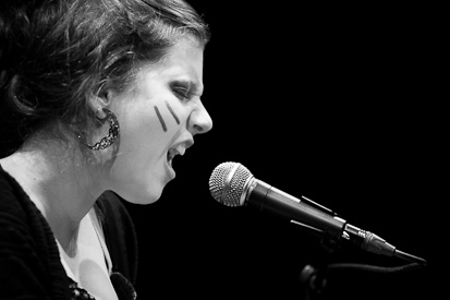 Anna Aaron (db.-Foto aus dem Progr vom Januar 2010)