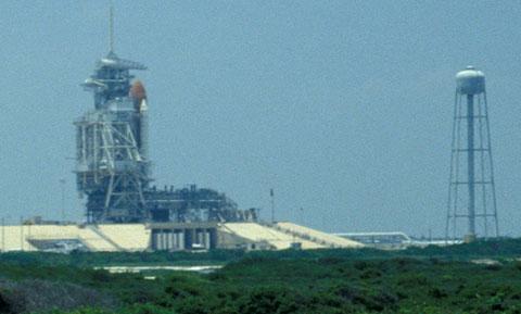 Die Endeavour auf der Startrampe, 4. Juni 1993