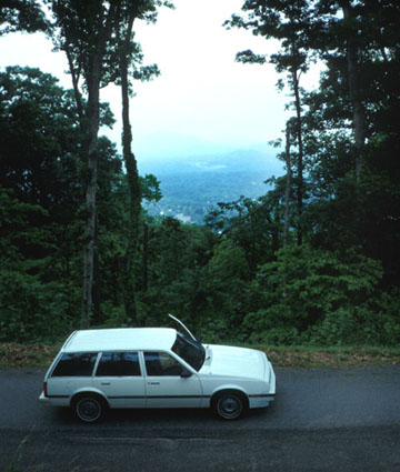 Mein guter alter Chevy Cavalier in den Blue Ridge Mountains