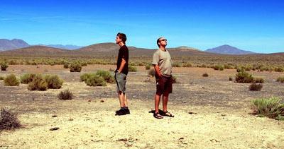 Lucas und Andi (zwischen Battle Mountain und Austin, Nevada, September 2008)
