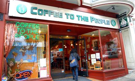 Coffee To The People, Ecke Haight & Masonic - Orte, wie sie in der Schweiz fehlen (September 2008)