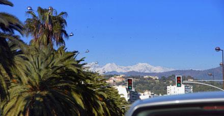 Schneeberge und Palmen à Nice bei 22 Grad (November 2008)