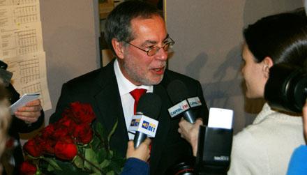 Alexander Tschäppaät, wiedergewählter Stadtpräsident Berns (30. November 2008) - Copyright Andi Jacomet