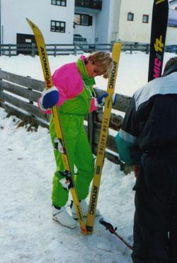 Skilager in Savognin: Nina hatte den trendigsten Elho-Neon-Anzug (Januar 1988)