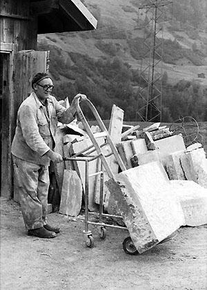 Gion Giusep Jacomet im Einsatz für seine Tavetscheröfen