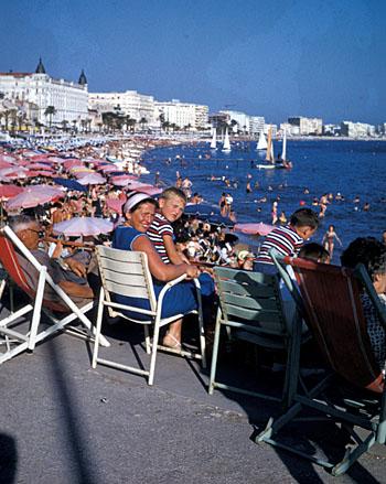 Am Strand von Cannes-La Bocca (Frühe 1960er-Jahre)