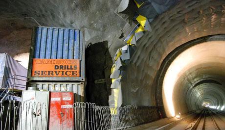 Richtung Norden sind die beiden Tunnelröhren schon fast fertiggestellt - Klicken für mehr Fotos