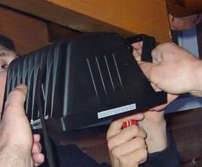 Installation einer Kamera in einem Lampengehäuse (April 2009)