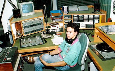 Im Studio von Radio Raurach (heute Basel One) in Liestal, Spätsommer 1989