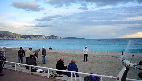 Am Strand von Nice, Nachmittag des 9. November 2009