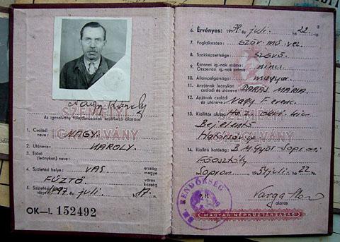 Personalausweis aus dem kommunistischen Ungarn, 1954