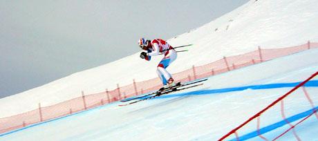 Das zweite Mal hier und schon Sieger: Carlo Janka beim Russisprung, Lauberhornabfahrt 2010