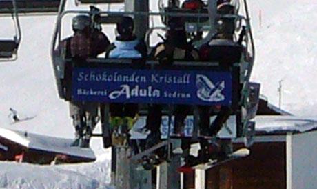 Schokolanden Kristall: Werbung auf der Sesselbahn nach Milez, 8.2.2010