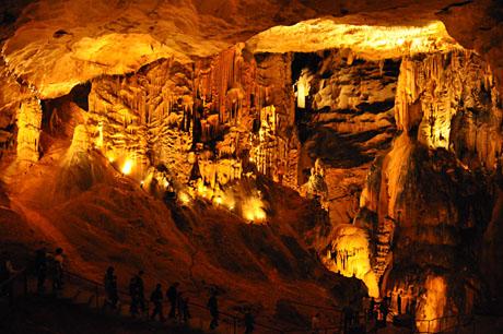 Grotte de St-Marcel, Ardèche, Mai 2010