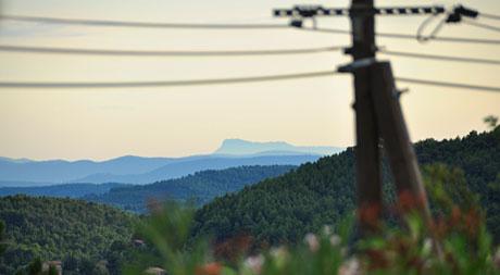 85km Luftlinie weit weg: Coudon bei Toulon (Seillans, 14. Auguts 2010)