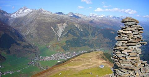 Zwischen der Alp Tgom und Garvers dil Tgom, Plauns dils Umens Crap, 8. Oktober 2010