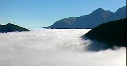 Nebelmeer über Sedrun, 15. Oktober 2010 (Quelle: Webcam Bergbahnen Sedrun)