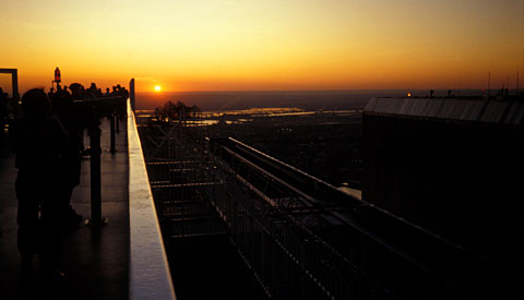 Sunset on the observation deck of the World Trade Center, 24 june 1993