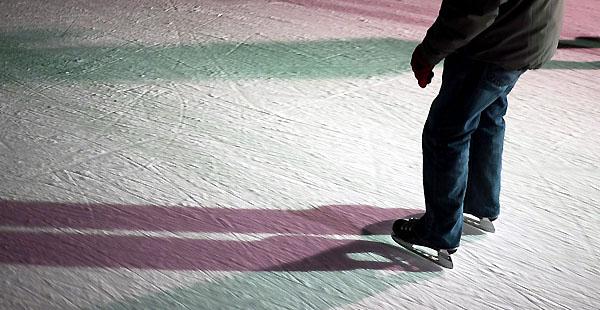 Schlittschuhlaufen: Unsicherheit pur (Foto: db.)