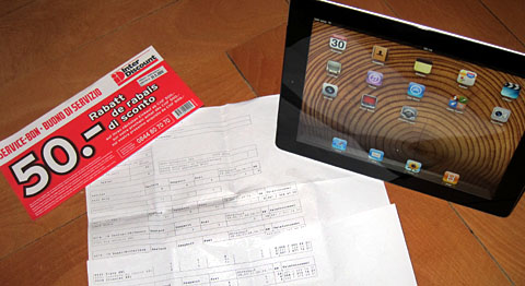 Ich hab's! Das iPad2 wohlbehalten in Blökers Heim angekommen - Interdiscount sei Dank.