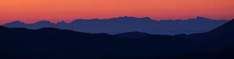 Korsika von Seillans aus am frühen Morgen des 23. Februar 2012
