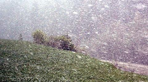 Schneetreiben im Goms, 16. Mai 2012