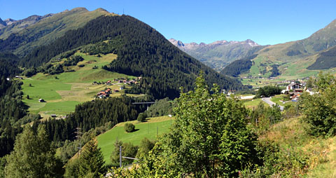 Verkehrsmittel 1: Mit dem Zug unterwegs von Sedrun nach Bern, 19.8.2012