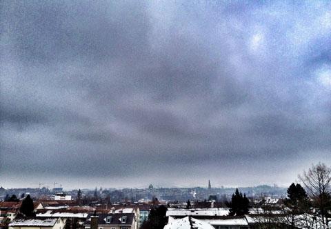 Unter der Hochnebelsuppe in Bern, 24.1.2013